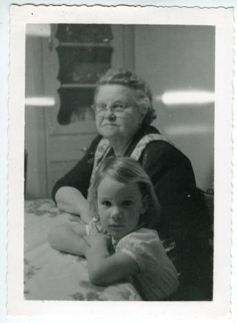 Grandma Headley with grandaughter Jean